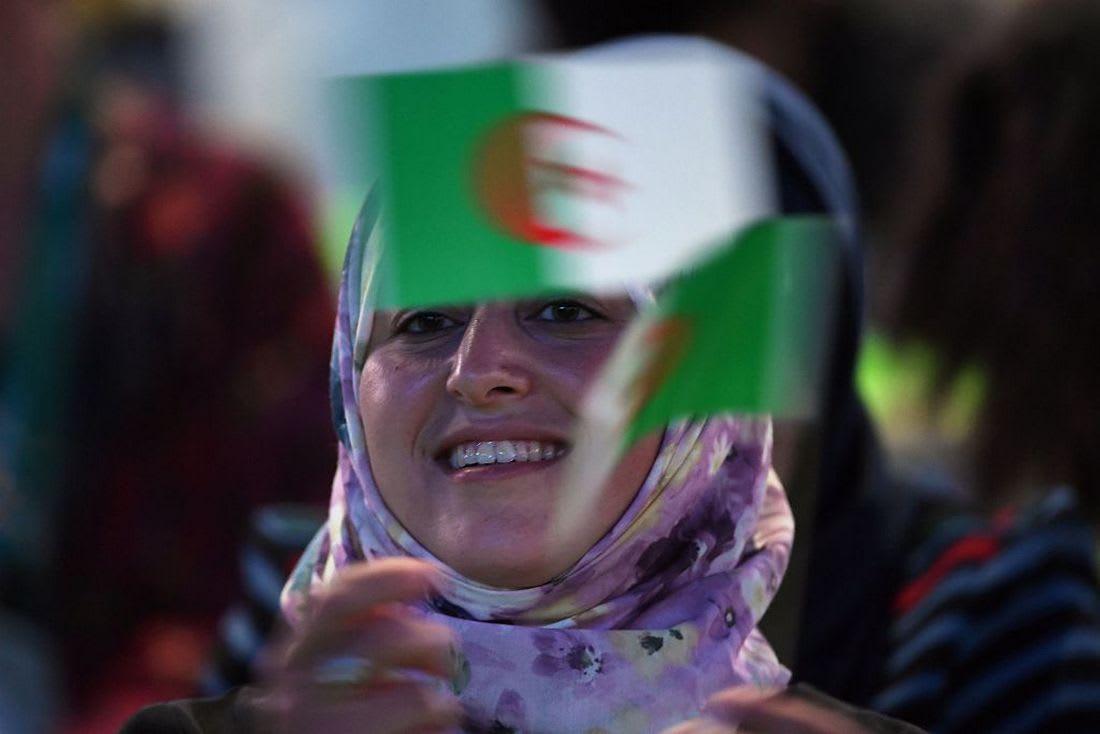 """هاشتاغ """"معركة تحرير ذاك الشي"""" .. حملة لتحرير العقل أم تعدٍعلى معتقدات الجزائريين؟"""