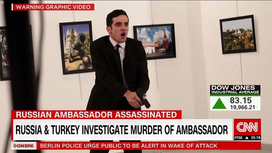 التحقيق مع شباب مغاربة حول التحريض على الإرهاب والإشادة باغتيال السفير الروسي