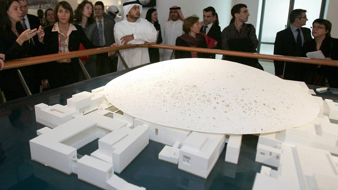 غيث عبدالله يكتب: لماذا من الأفضل تصميم النصب التذكاري الوطني الخليجي من قبل مصمم خليجي؟