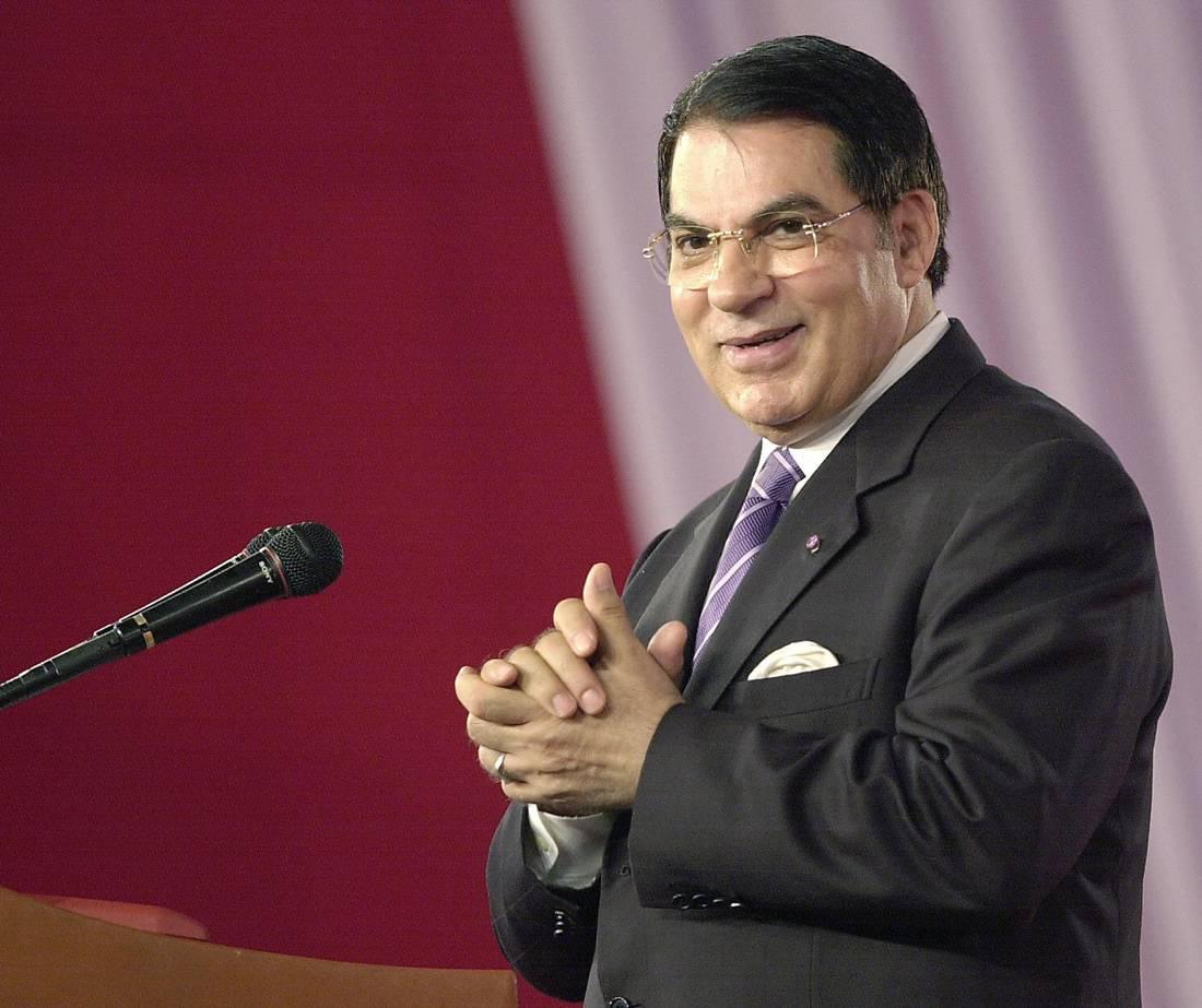 هل يمهد ظهور صهريْ بن علي في الإعلام لعودتهما إلى البلاد؟