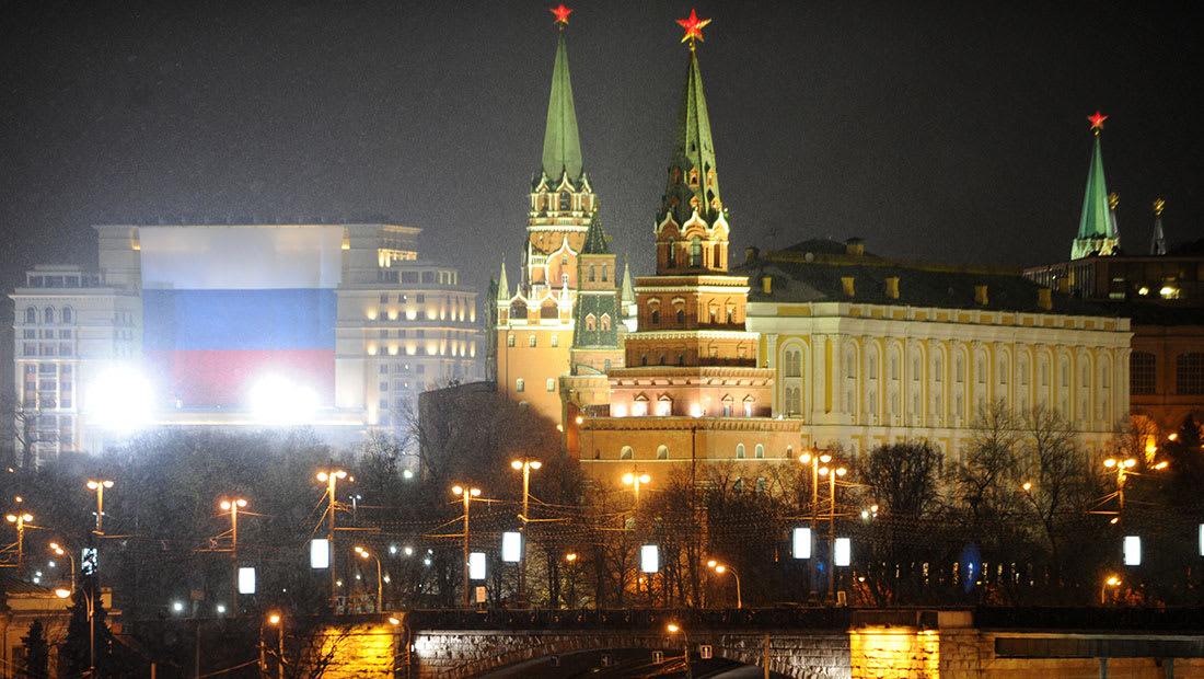 صحفي روسي متخصص بالإنترنت لـCNN: الكرملين متورط بقرصنة الانتخابات والسبب كلينتون