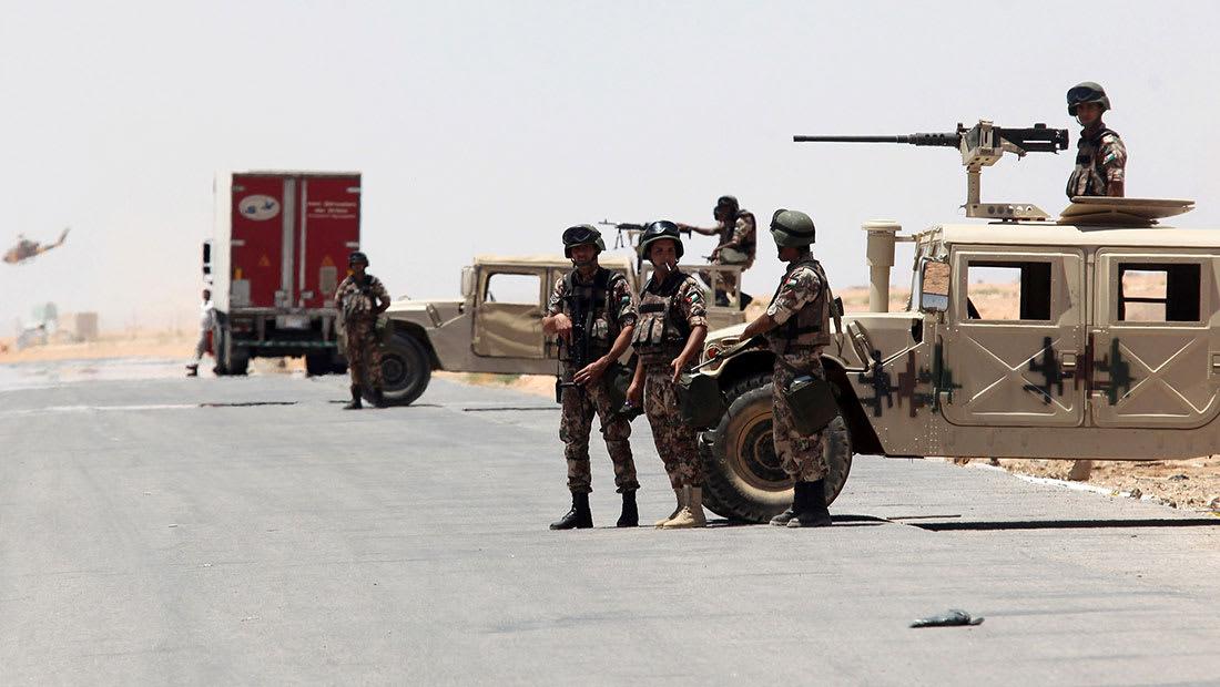 مصدر لـCNN: مقتل 4 بانفجار سيارة بمخيم الرقبان على الجانب السوري
