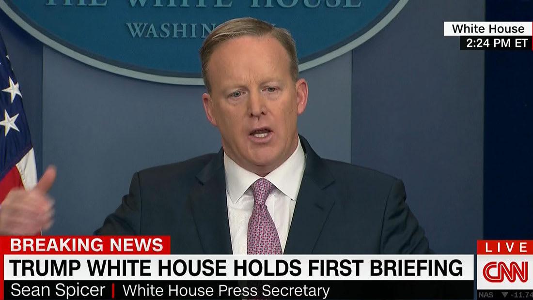 أول مؤتمر صحفي للبيت الأبيض: ترامب هاتف السيسي وسنتعاون مع أي دولة بقتال داعش