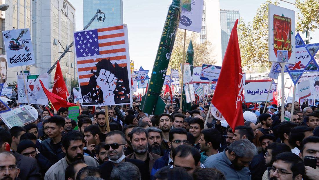 طهران تتوعد بالرد بالمثل على العقوبات الأمريكية.. وفلين: أيام غض الطرف عن عدائية إيران انتهت