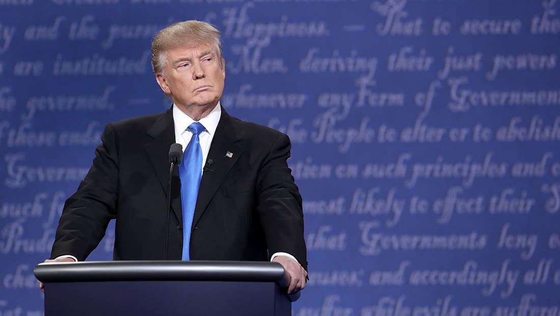 """قاض فيدرالي أمريكي يعلق """"حظر ترامب"""" على مستوى الدولة"""