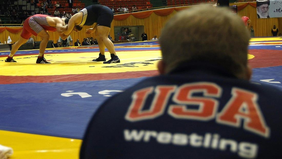 إيران تتراجع عن قرار منع فريق مصارعة أمريكي من الدخول وتبين السبب