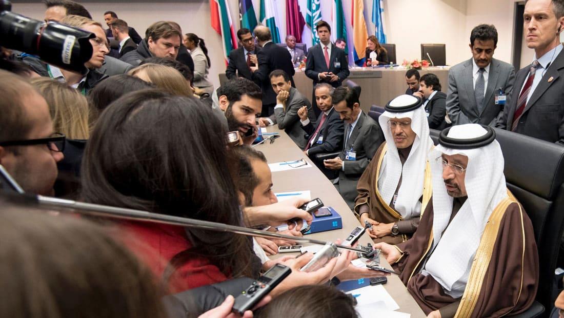 """تخفيضات أوبك لإنتاج النفط.. الاختبار الحقيقي سيكون في """"محروقات الصيف"""" للسعودية"""