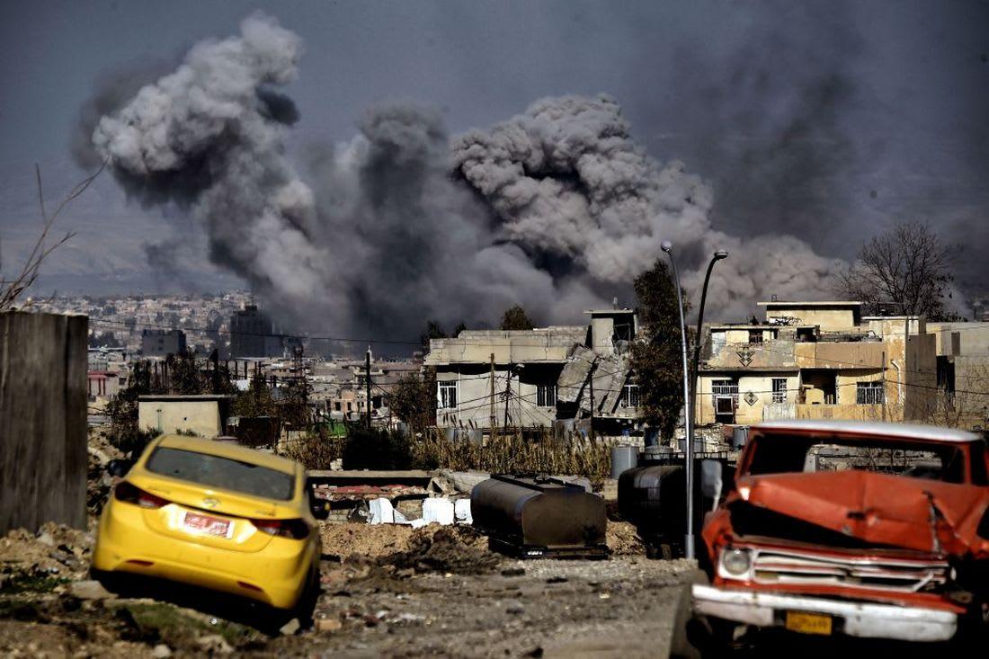 قتلى الموصل.. مسؤول عراقي: غارة التحالف استهدفت شاحنة متفجرات لداعش