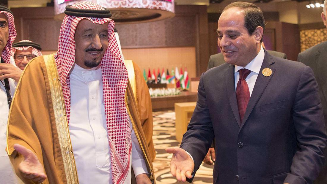 في أول لقاء منذ توتر العلاقات.. الملك سلمان يدعو السيسي لزيارة السعودية ويعد بزيارة مصر