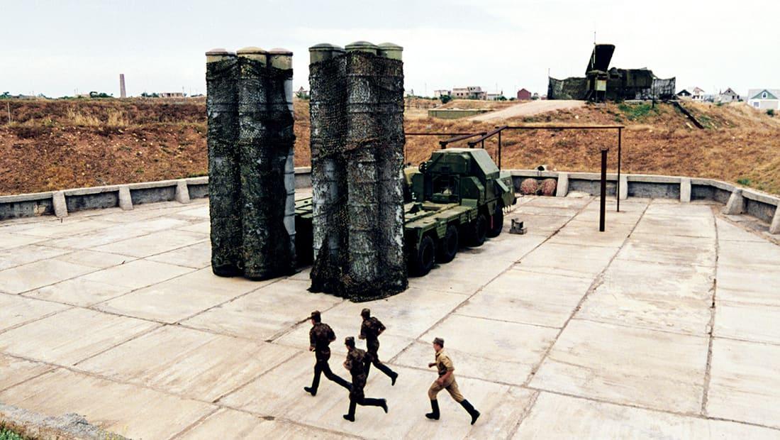 محلل روسي يبرر لماذا لم تعترض منظومات الدفاع الروسية صواريخ أمريكا؟
