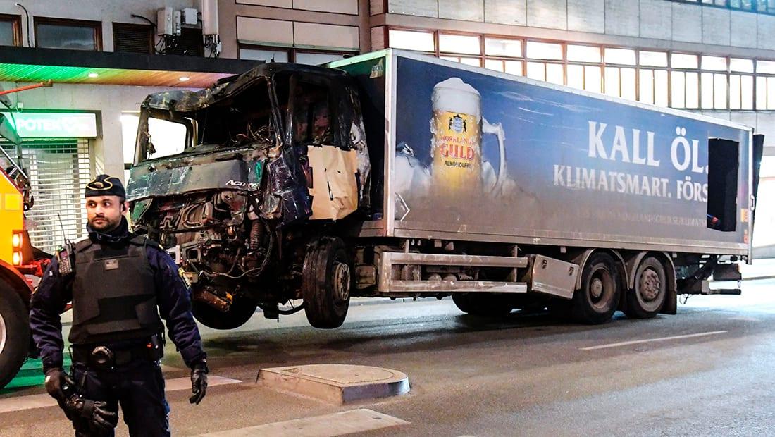 الشرطة السويدية لـCNN: اعتقلنا شخصا يرجح أنه منفذ هجوم الدهس