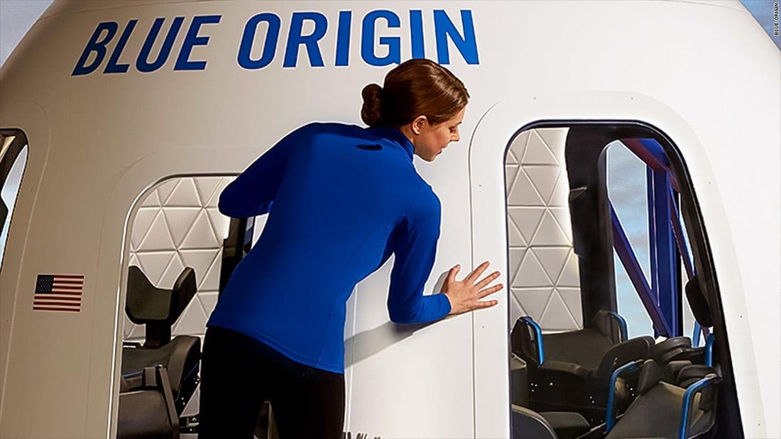 الكشف عن كبسولة مخصصة لمسافري الفضاء