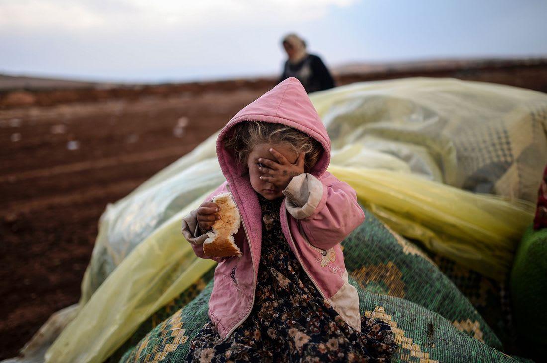 """فيديوهات مغربية لـ""""دور"""" جزائري في نقل اللاجئين السوريين.. ولعمامرة يرّد: لا يجوز المتاجرة بالموضوع"""