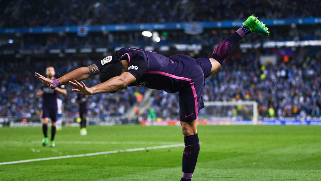 برشلونة يكتسح إسبانيول العنيد ويستعيد الصدارة من ريال مدريد