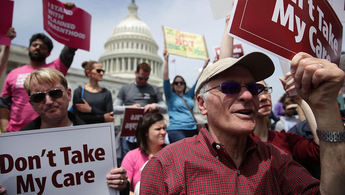 """في انتصار كبير لترامب.. النواب الجمهوريون يمررون مشروع قانون يلغي """"أوباما كير"""""""
