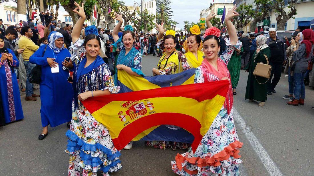 رقصات فلكلورية من تسع دول في شمال المغرب لتشجيع حوار الحضارات