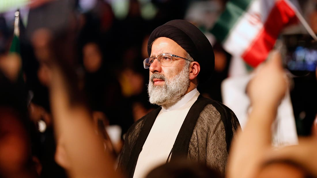 مُشرعون بإيران: شعبية إبراهيم رئيسي أكبر من منافسيه