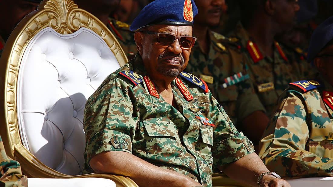 """السودان ينفي التدخل في ليبيا.. ويتهم حفتر بدعم """"حركات التمرد"""" في دارفور"""