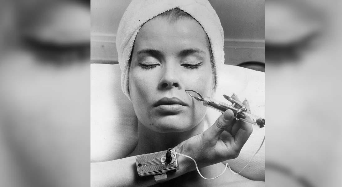 هذه العلامات على وجهك وجسمك..ماذا تقول لك عن الأمراض؟