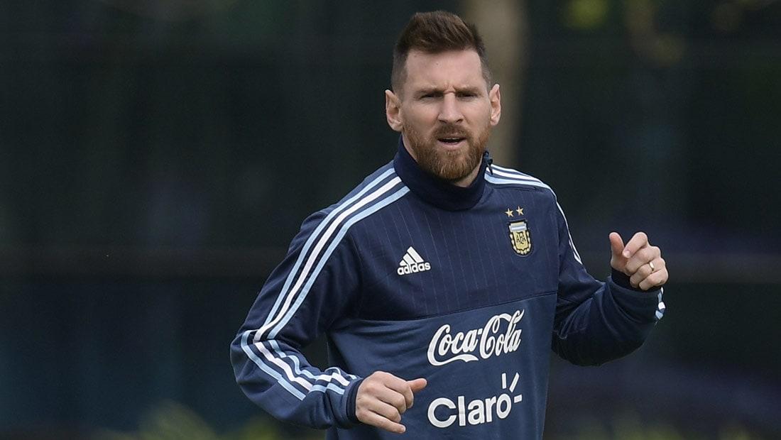 هل سينقذ ميسي الأرجنتين من مأزق التصفيات أم سيغيب عن كأس العالم؟