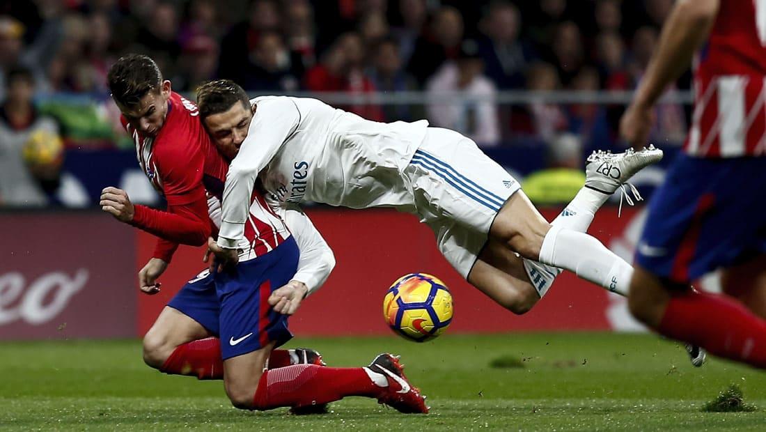 ريال مدريد وأتلتيكو يتعادلان سلبيا ويقدمان هدية لبرشلونة وفالنسيا