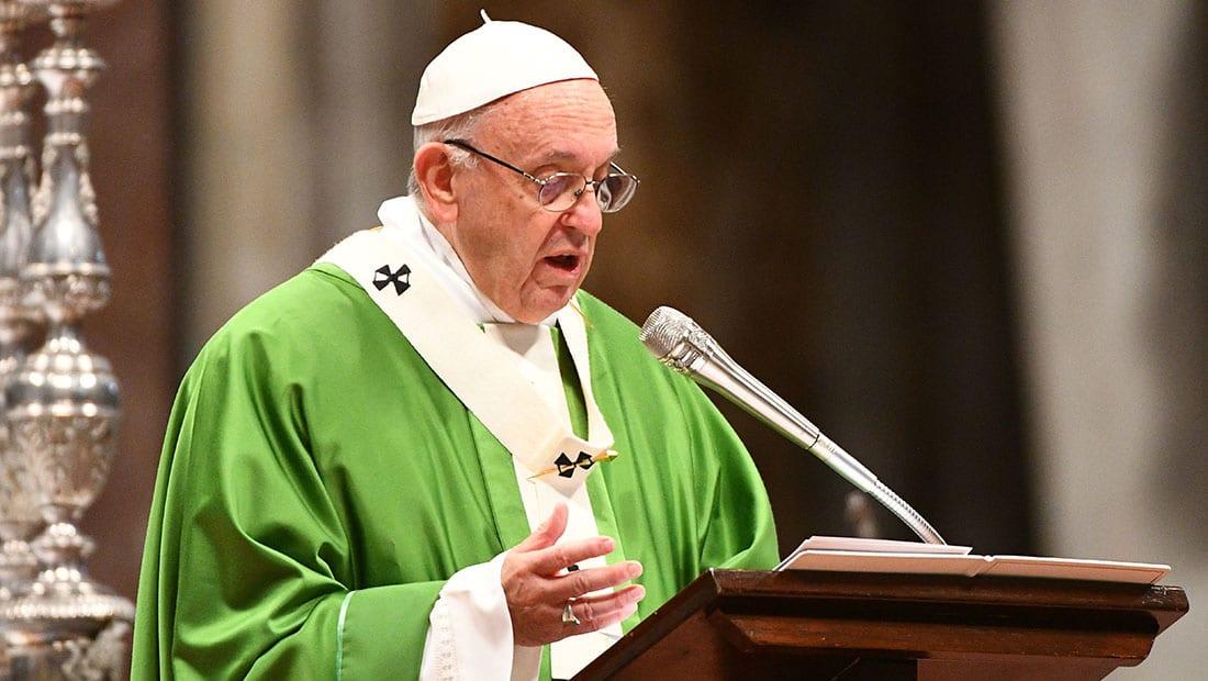 بابا الفاتيكان يصلي من أجل لبنان: نأمل أن يظل نموذجا للتعايش في المنطقة