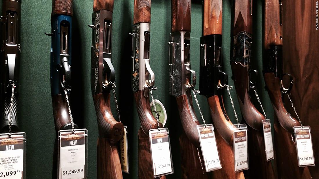 الجمعة السوداء تأتي بمبيعات قياسية للأسلحة