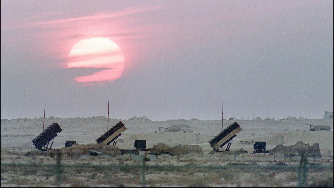 الحوثيون يطلقون صاروخا.. والسعودية تعترضه قرب خميس مشيط