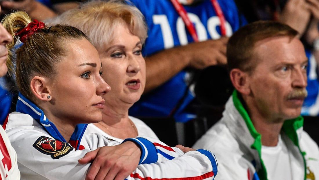 """اللجنة الأولمبية تجبر روسيا على المشاركة تحت """"العلم الأولمبي"""" في ألعاب بيونغتشانغ الشتوية"""