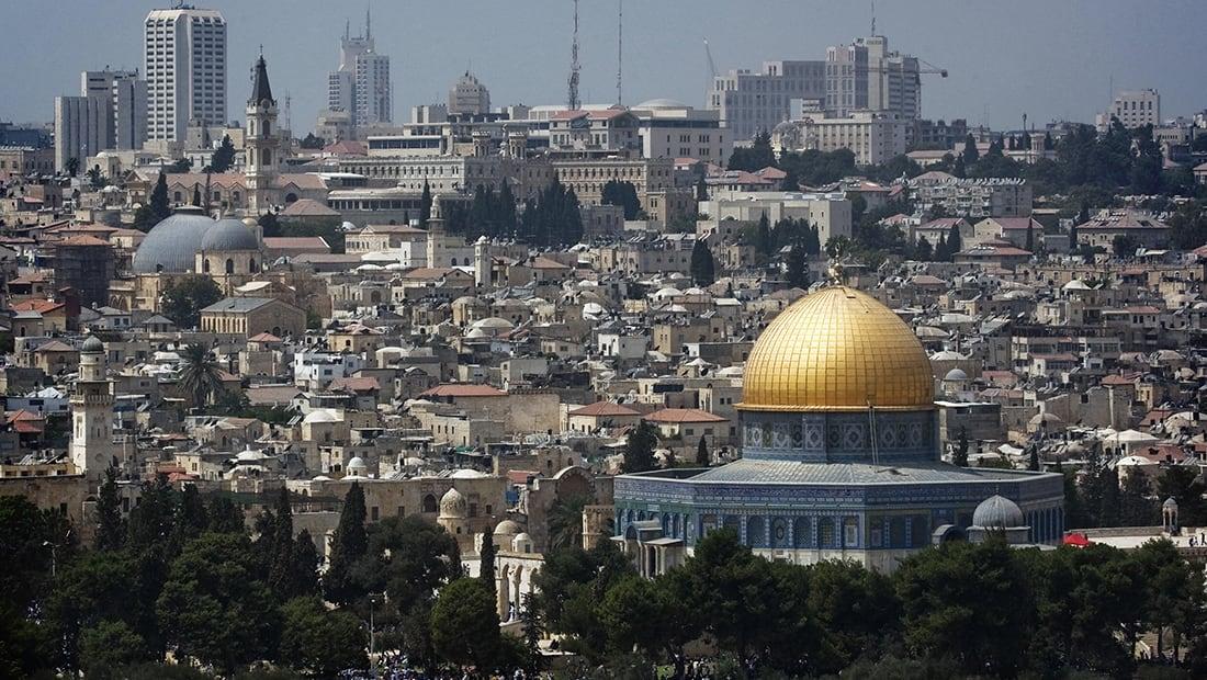 الشرطة الإسرائيلية: طعن رجل بمحطة مركزية للباصات في القدس
