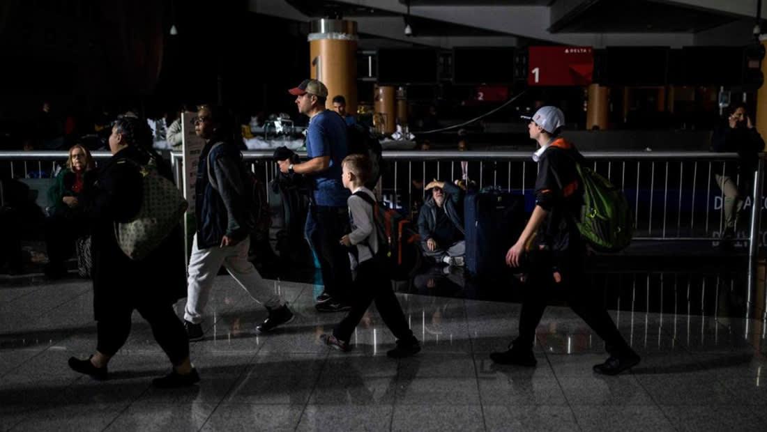 انقطاع التيار الكهربائي لأكثر من 10 ساعات في المطار الأكثر ازدحاماً بالعالم
