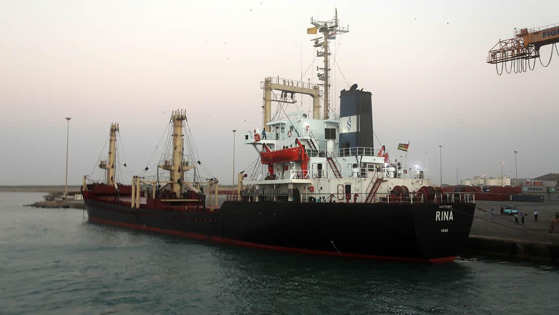 مصدر عسكري أمريكي لـCNN: رصد زورق تفجيري إيراني قرب ميناء الحديدة