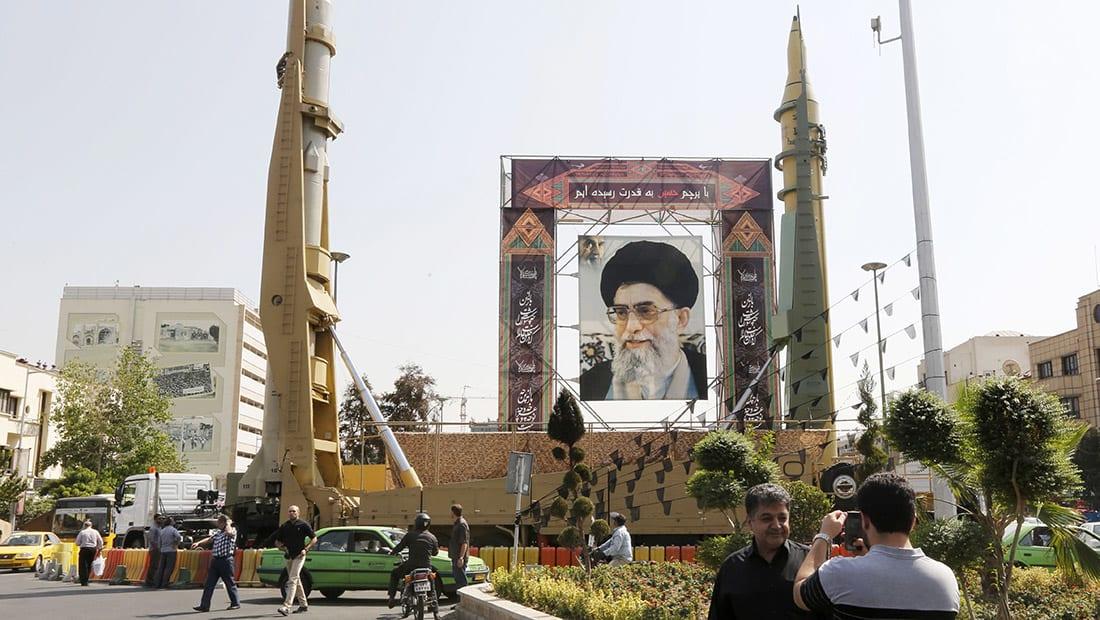 """وصفها بـ""""العدو الأول"""" لإيران.. خامنئي: سنجعل أمريكا والمتعاونين معها دولة مقعدة عاجزة"""