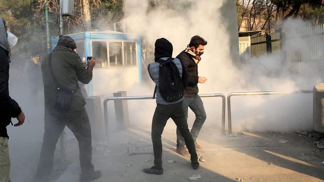 مصدر إيراني لـCNN: إطلاق نار على متظاهرين في مدينة دورود