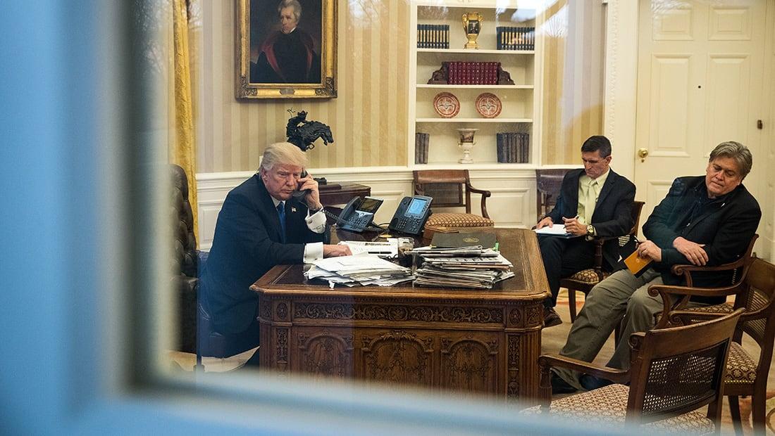 """10 نقاط من """"النار والغضب"""" داخل بيت ترامب الأبيض"""