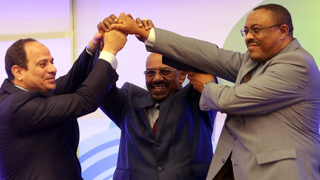 """السودان يستدعي سفيره من مصر وسط أزمة سد """"النهضة"""" الإثيوبي"""