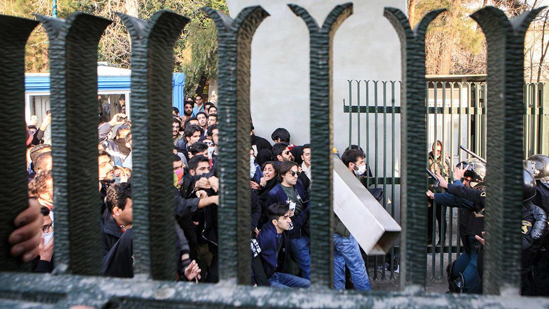 """قبل اجتماع بمجلس الأمن حول مظاهرات إيران.. أمريكا لـ""""ضحايا النظام"""": لن ننساكم"""
