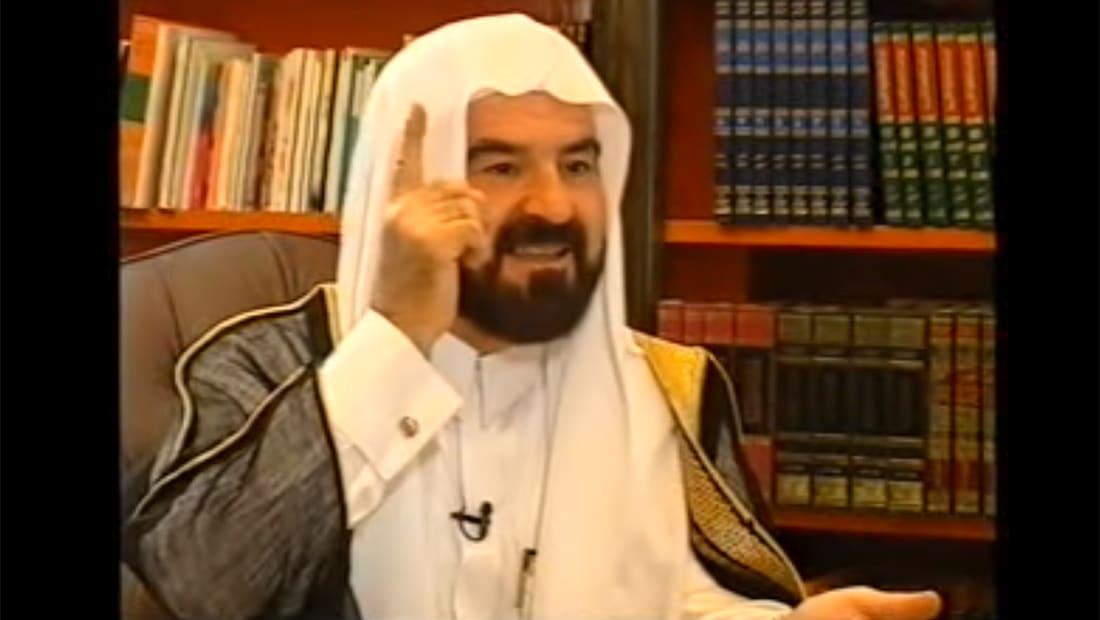 """قيادي باتحاد يرأسه القرضاوي يعلق على """"اتهامات"""" اختراق أجواء قطر"""