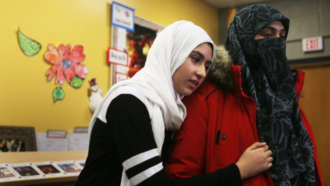 كندا: نزع حجاب فتاة بتورنتو ورئيس الوزراء يستنكر