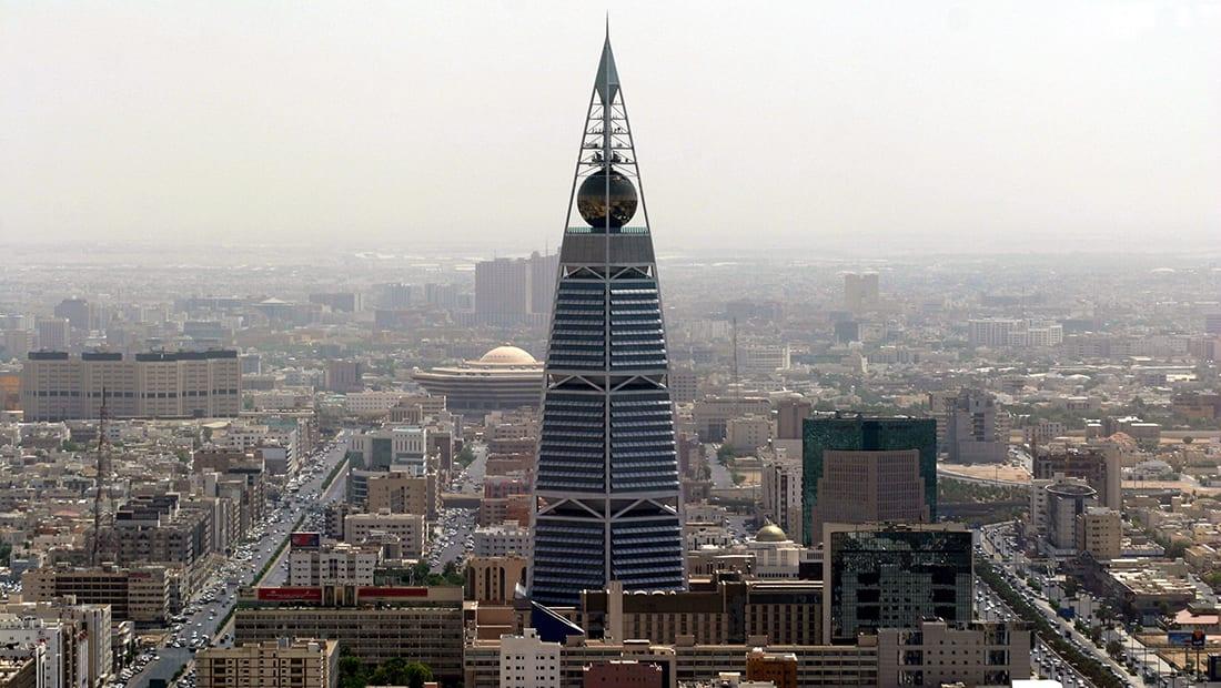 """مصدر بخارجية السعودية يعلق على """"اعتراض قطر"""" للطائرتين الإماراتيتين"""