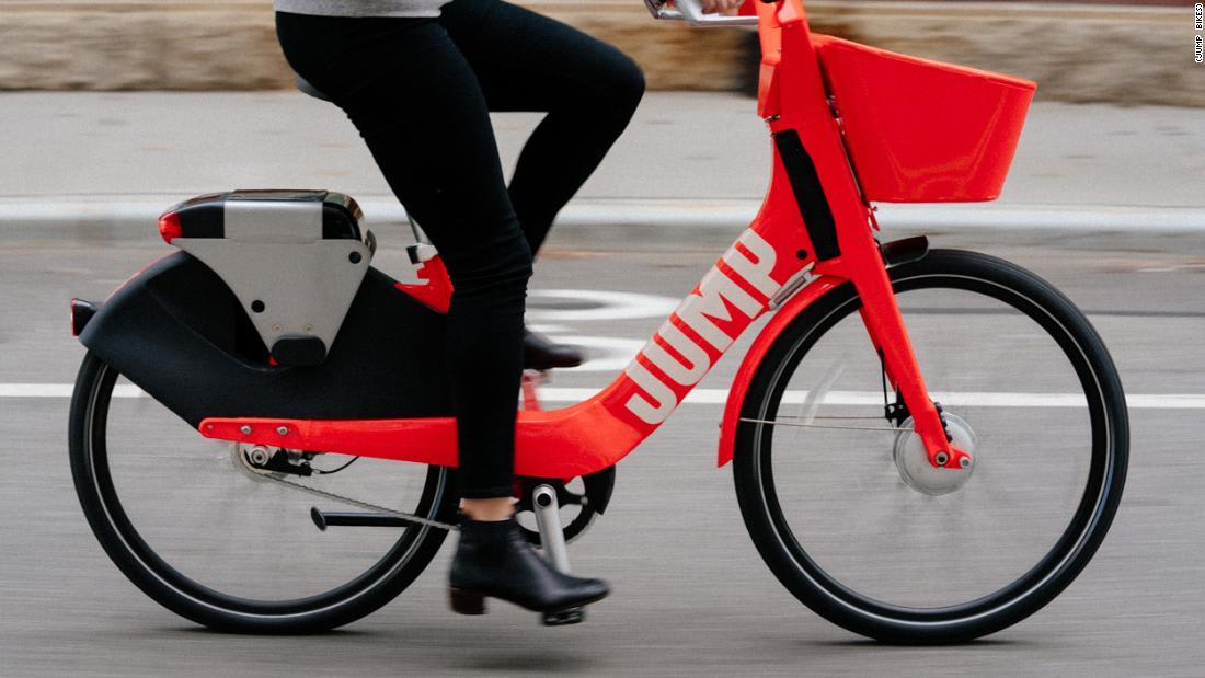 """""""أوبر"""" تختبر خدمة لمشاركة الدراجات الكهربائية"""