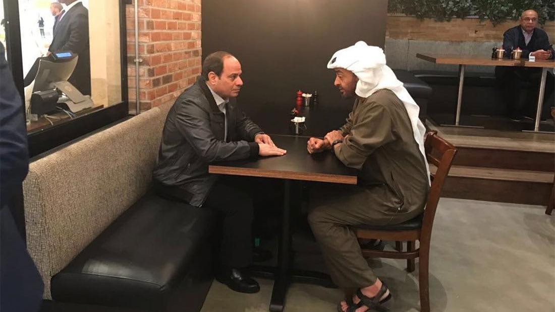 """الشيخ محمد بن زايد والسيسي يتجولان في """"ياس مول"""""""