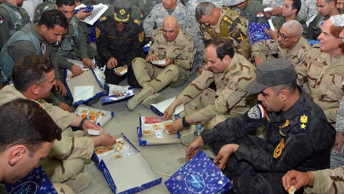 السيسي بالزي العسكري في سيناء: سنحتفل قريبا بالنصر على خوارج هذا العصر