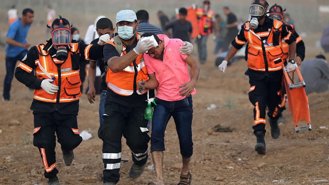 مقتل ممرضة فلسطينية وإصابة 100 إثر مواجهات على حدود غزة وإسرائيل