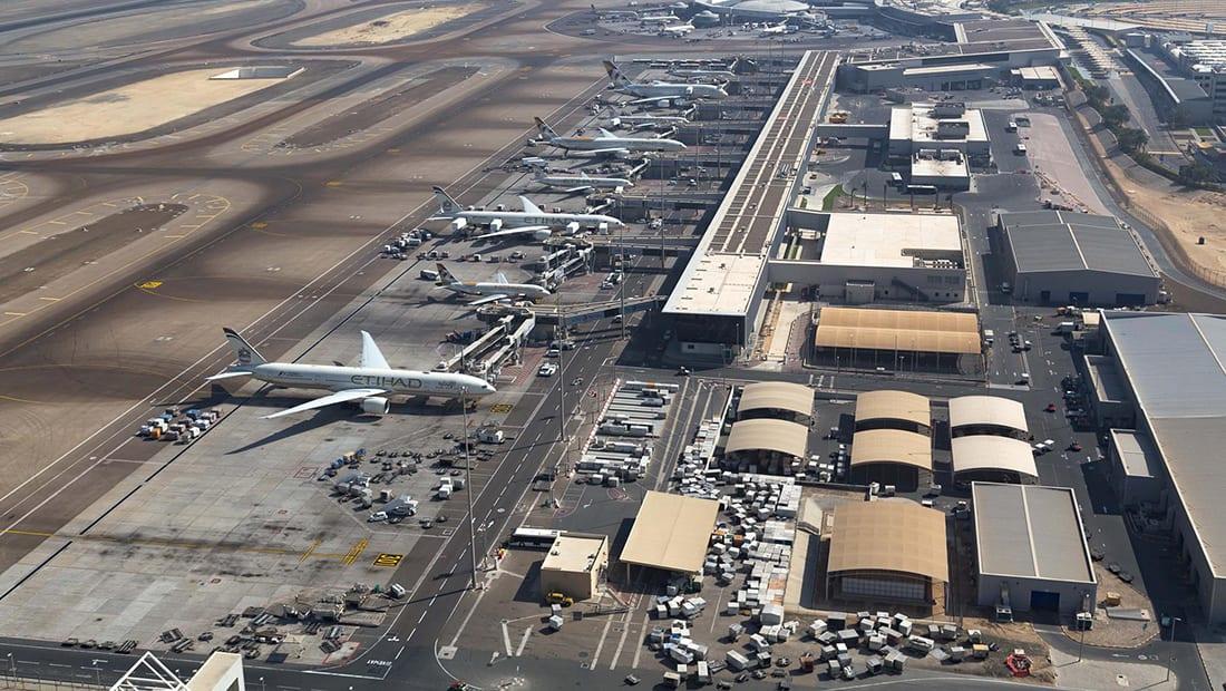 مصدر إماراتي ينفي لـCNN استهداف الحوثيين لمطار أبوظبي