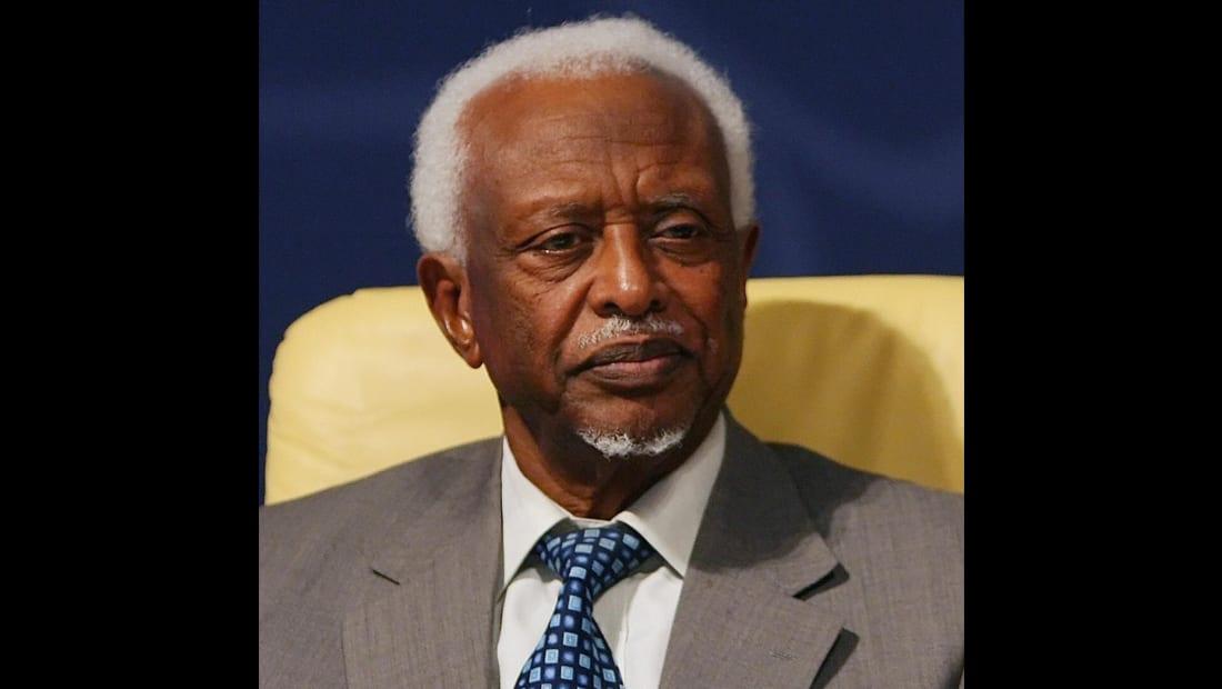 رحيل الرئيس السوداني الأسبق سوار الذهب بعمر 83 عاماً بالسعودية