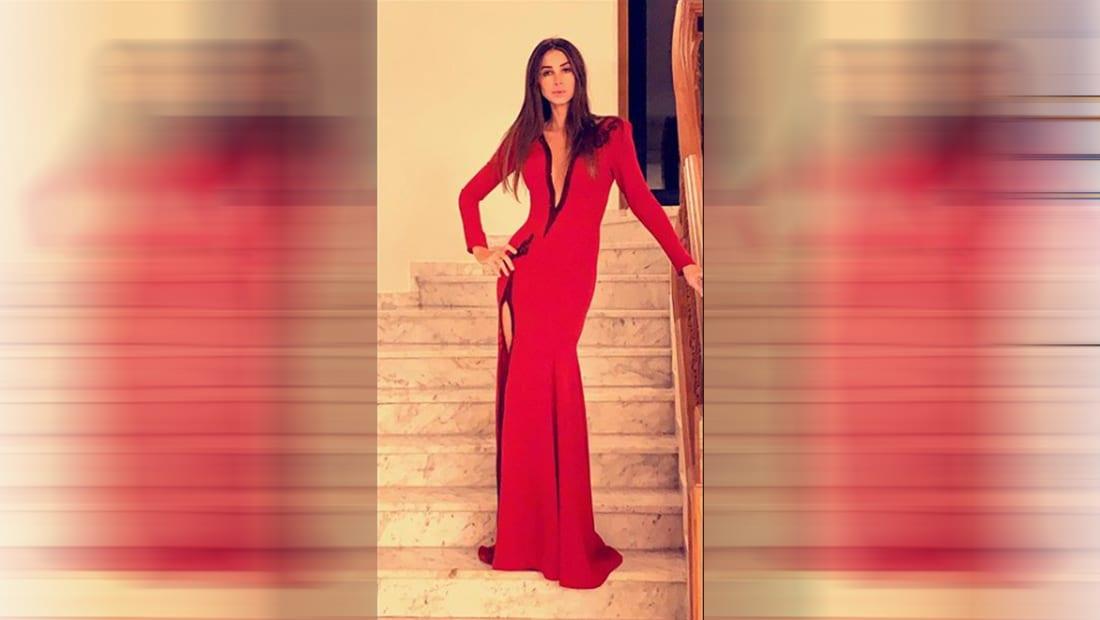 من اللون الأحمر إلى فساتين بفتحات مغرية.. إطلالات باهرة لنجمات عربيات بعيد الحب