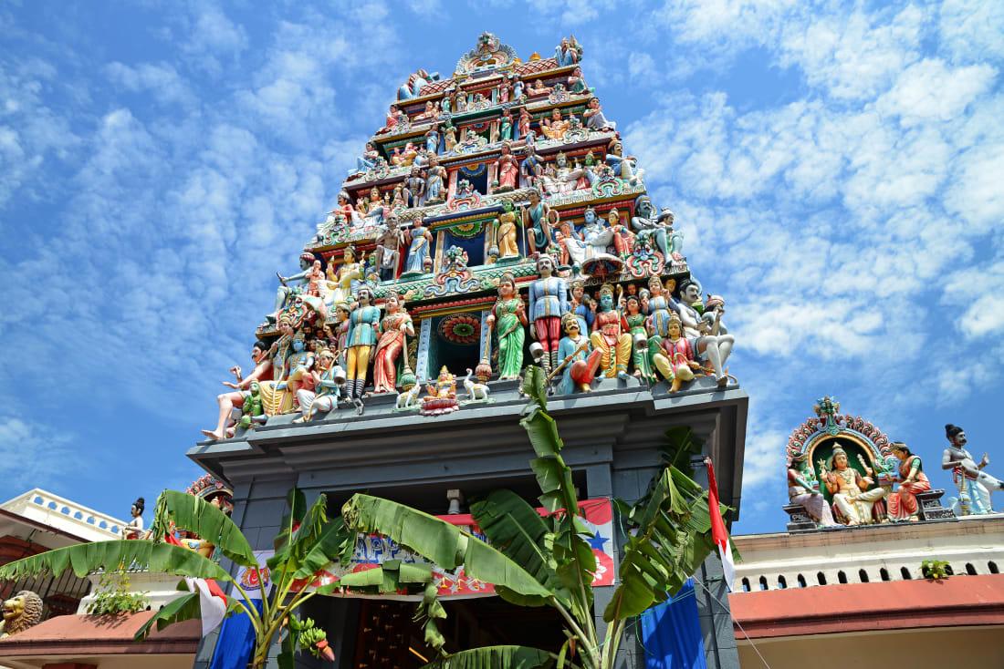 """معبد""""سري ماريامان"""" في سنغافورة"""
