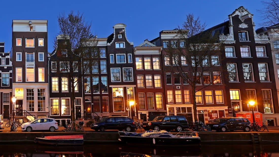 """""""ليس لدنا ما نخفيه"""".. لماذا لا يمانع الهولنديون أن تحدق داخل منازلهم؟"""
