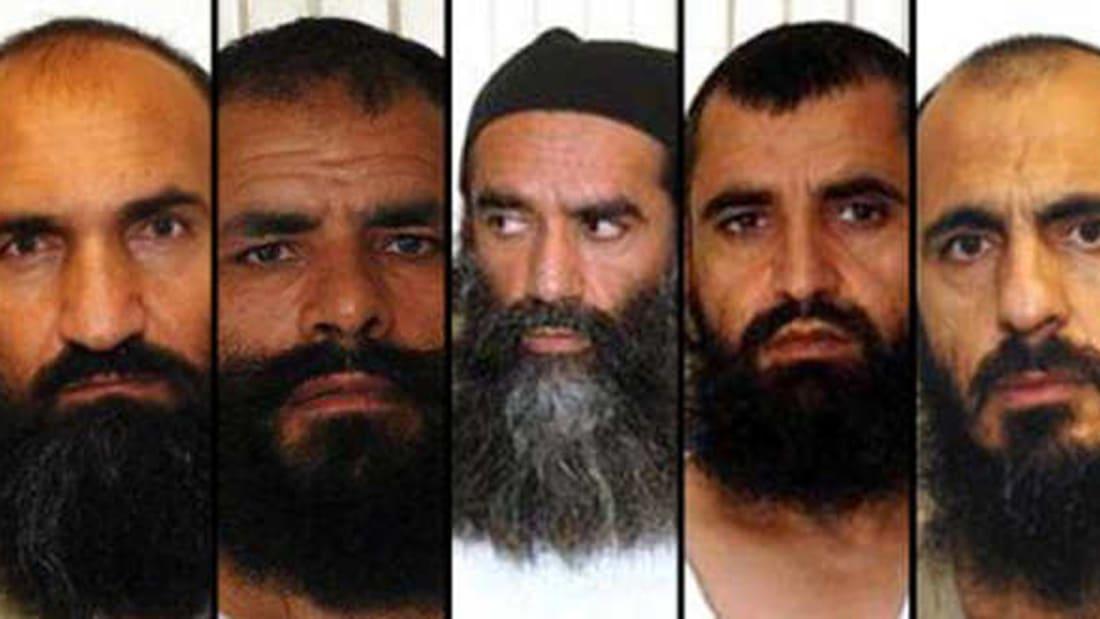 لحظة وصول عناصر طالبان المفرج عنهم من غوانتانامو إلى الدوحة